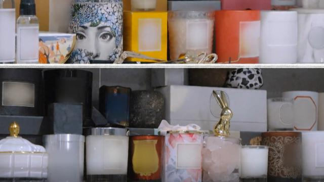 吴昕公开浴室全景,摆放的物品多到溢出来,最爱的却不是护肤品