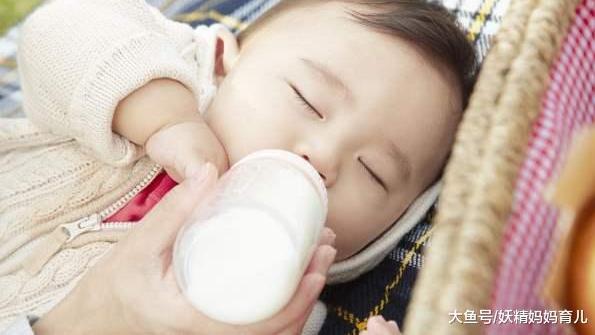 婴儿奶粉选羊奶or牛奶?看完对比后,你还会高价买羊奶粉吗