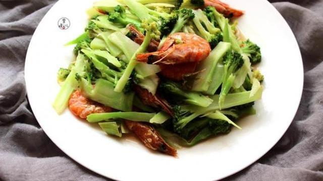 常吃这道菜,补充维生素,10分钟就可以做好,上班族必备的一道菜