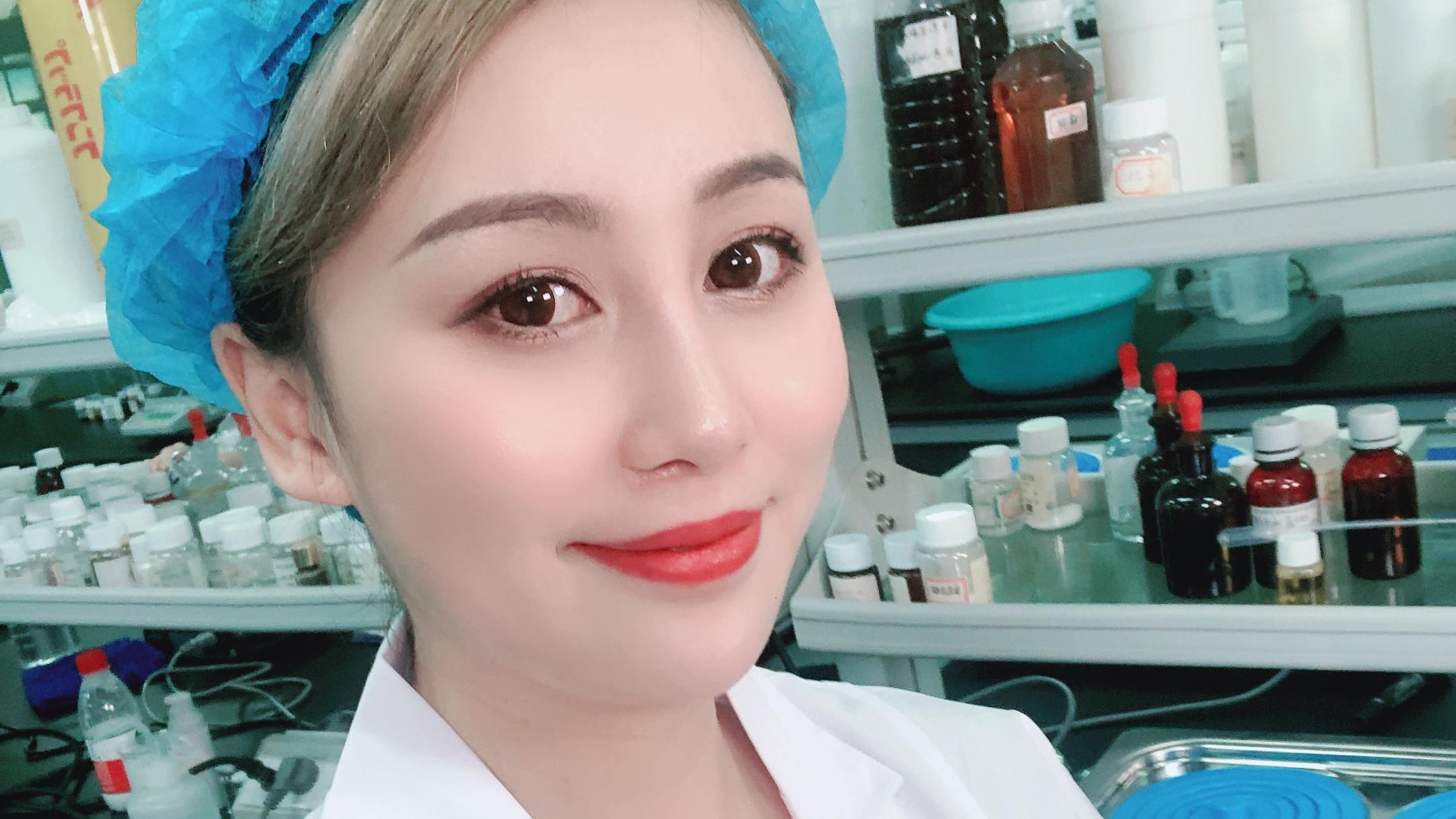 邓婕护肤团队:脸部角质层薄起小疙瘩是因为什么?该怎么办?