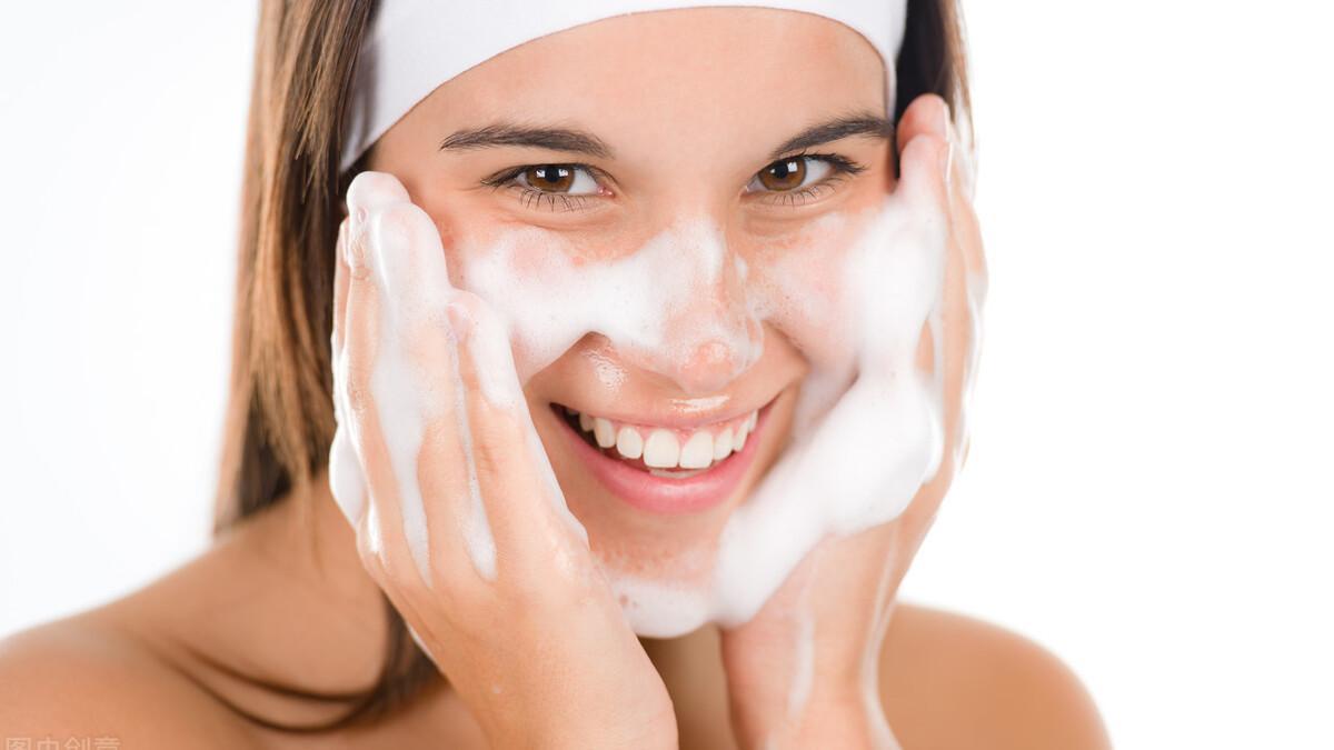 """史上最全洗脸科普,让你的好皮肤""""洗""""出来!"""