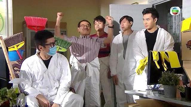 """TVB""""黄手套""""事件,《爱回家》出现争议画面,导演或被人坑了"""