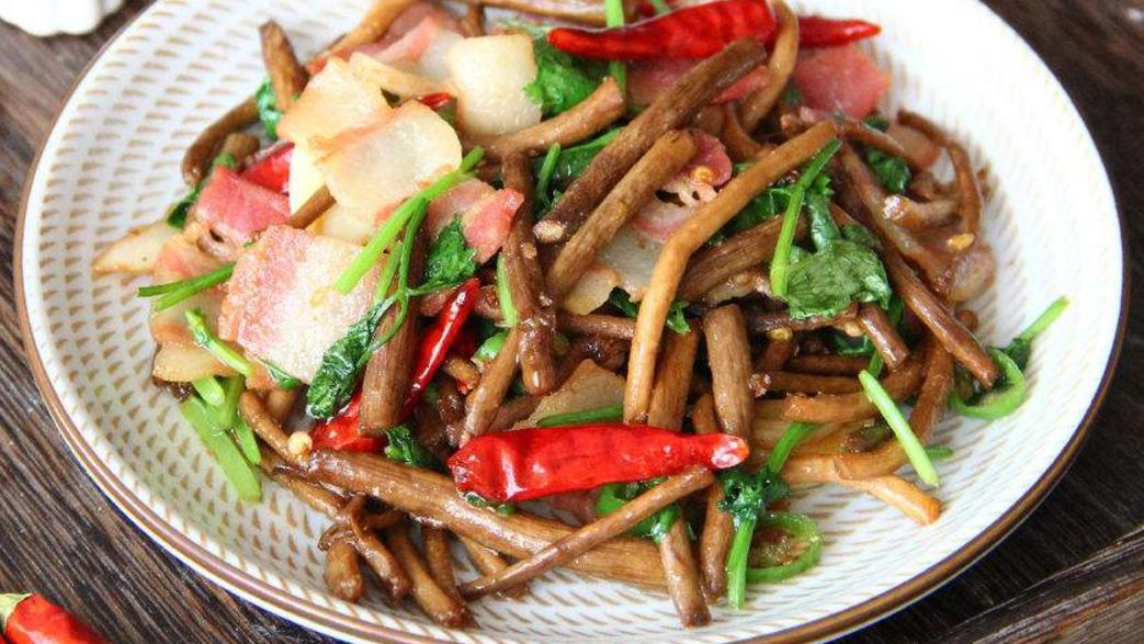 茶树菇这种食材你喜欢吃吗?怎么做才是你最喜欢的做法呢?