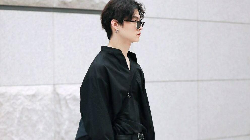 林在范帅气欧巴的私服穿搭,时尚又前卫,今天你也为他心动了吗?