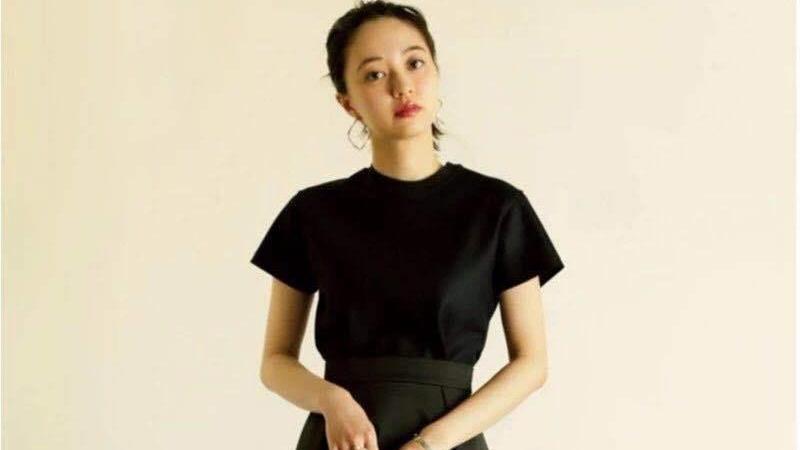 """日本主妇的2020春款""""新穿搭""""爆红:会穿衣服的女人,多么有气质"""