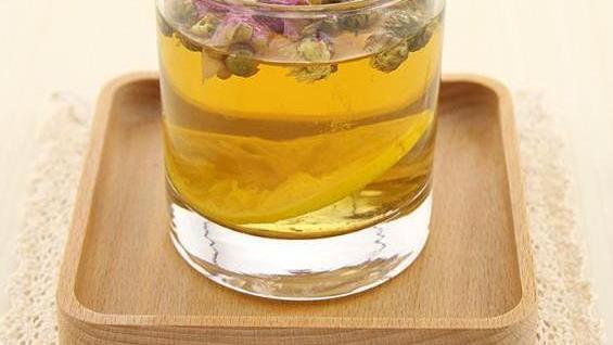 家常饮品推荐:双花红枣柠檬茶,银耳南瓜羹,银耳冰糖奇异果
