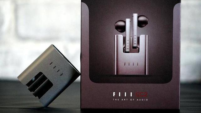 IIL CC2真无线蓝牙耳机评测:价格低,样式美,音质好