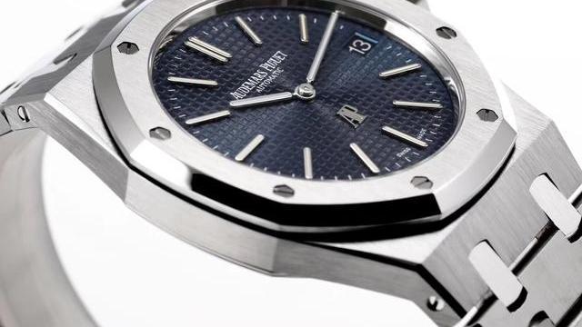 顶级不锈钢运动表标杆,品鉴爱彼皇家橡树15202腕表
