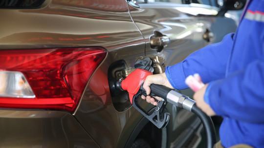 紧急通知:今天3月17日晚24时,油价将大幅下跌!