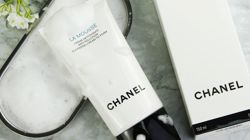 祛痘洗面奶推荐:持续控油,水油平衡不紧绷,温和舒缓敏肌可用