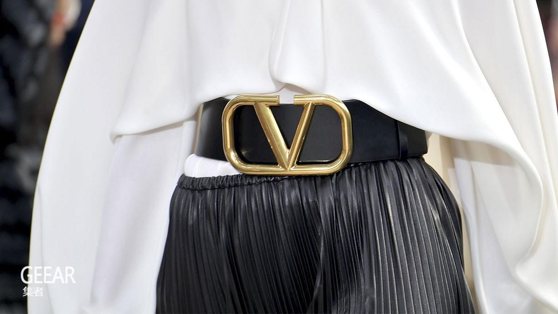 Valentino与Prada宣布禁用羊驼毛和袋鼠皮!