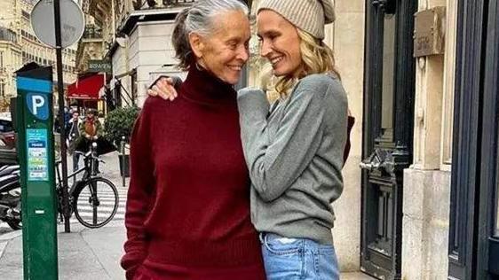 """谁说70岁就得穿老年装?这位""""法国奶奶""""的优雅穿搭,值得照搬"""