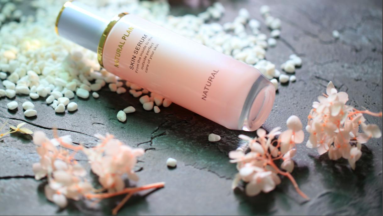 熬夜党必备的品牌爽肤水推荐:美白补水保湿,让你拥有细腻肤质