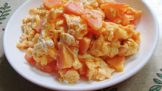 木瓜炒鸡蛋,简单快捷,全家爱吃