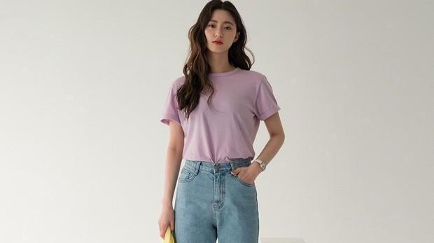 牛仔裤+T恤太普通了?试试这3个提升时尚感的技巧,get减龄造型