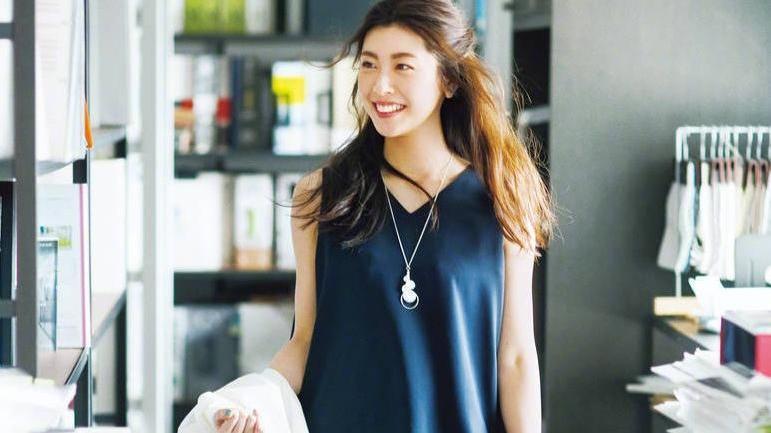 清新又简单的10款夏装,自然随意不挑人,时尚百搭又显好身材