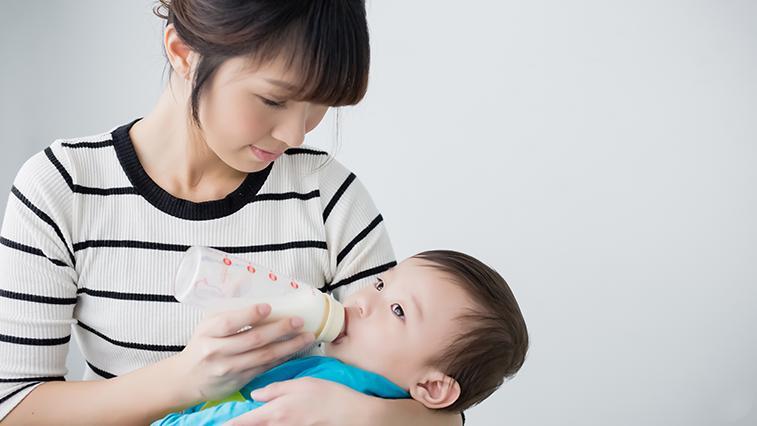 一桶婴儿奶粉卖900块,质量不合格被罚900万,妈妈们:罚得太轻了