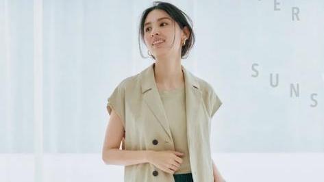 日本女生的精致春装穿搭,一身简约范儿,穿出从容大气