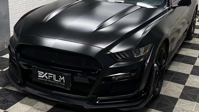 福特Mustang贴膜EK FILM-EK改色膜重金属黑