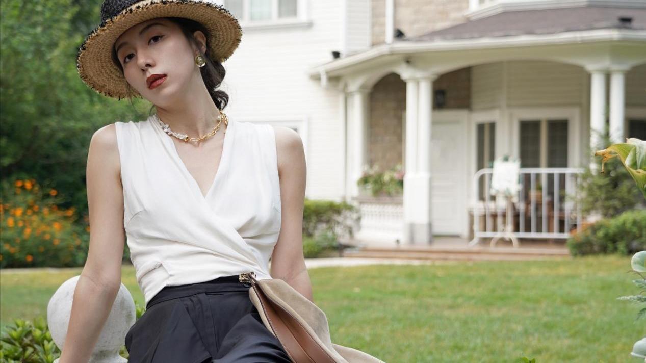 减龄又有高级感,时尚博主精致夏装搭配,知性优雅时尚感满满
