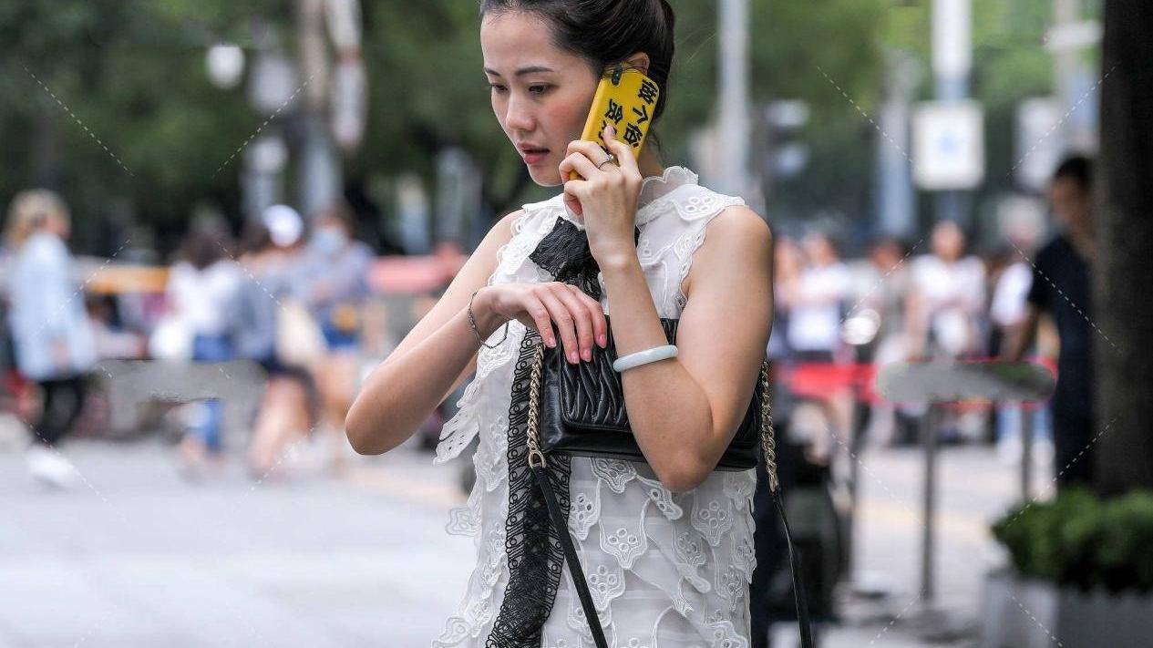 白色仙女裙,选对单品才能彰显时尚感,你选对了吗?