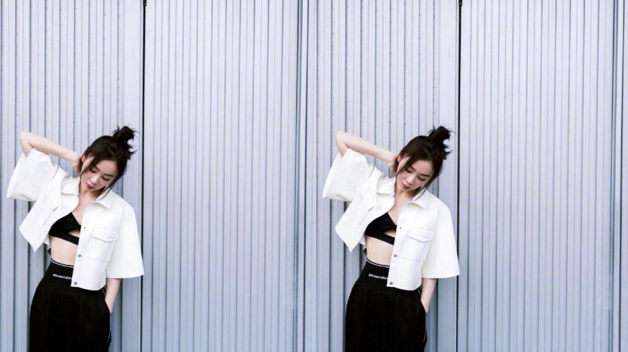 """袁姗姗其实挺懂""""养生""""的,穿露脐装也得是长袖,腰是真的细"""
