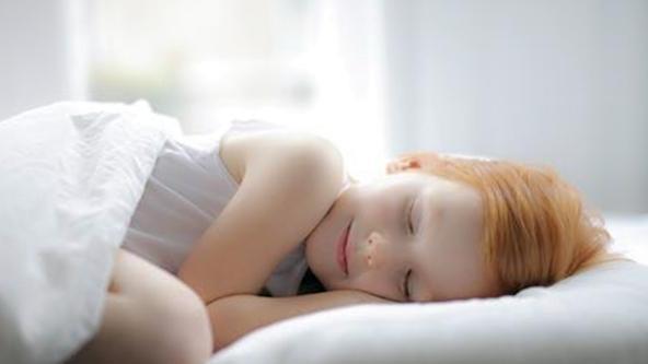 睡姿,大意孩子,夫妻俩,夫妻俩都,睡姿,性格
