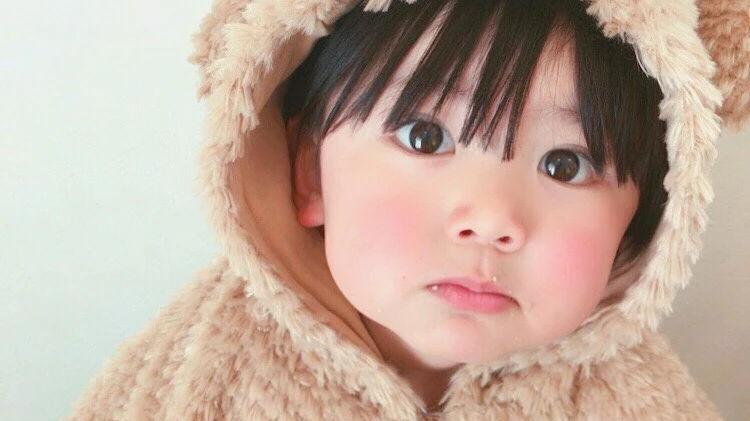 精致得像娃娃?软萌可爱被无数人当头像,造型打扮更是镜头感十足
