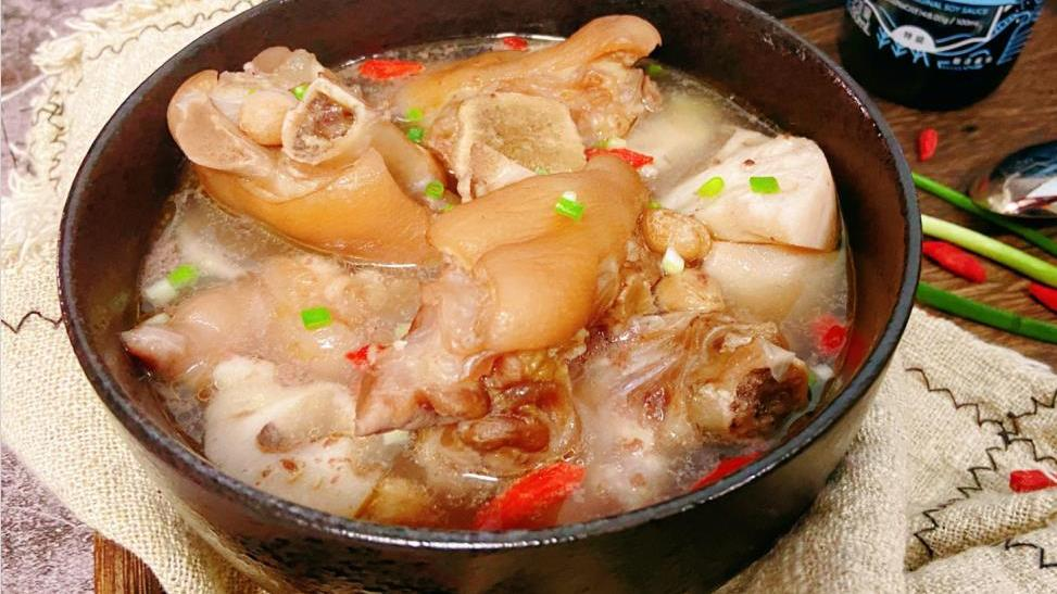 天气转凉,最该多喝这汤,简单炖一炖,暖胃驱寒,安稳度过秋季