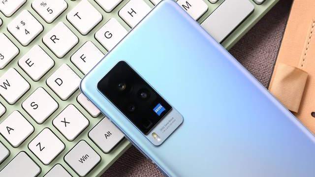 vivo X60 Pro评测:第二代微云台如何助力手机影像?