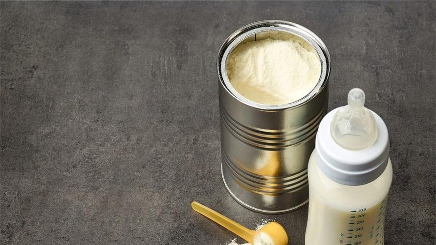 不按比例冲奶粉,看似在省钱,实则可能是在拿孩子的健康开玩笑