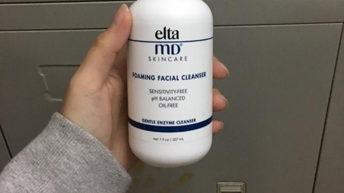 清新舒爽也不紧绷的洗面奶推荐,有效平衡水油,卸妆卸得很干净
