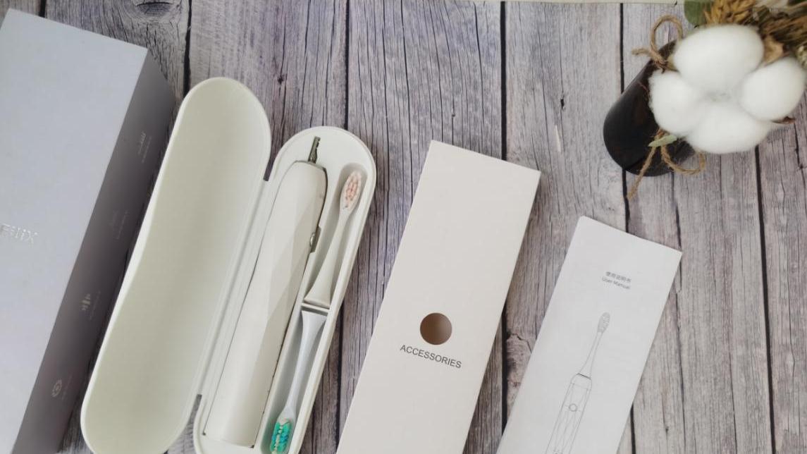 翔哥深度评测:什么电动牙刷好?测评不伤牙扉乐电动牙刷