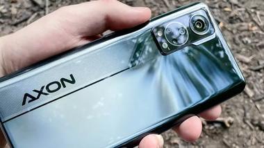 中兴 Axon 30 评测:你的下一部手机何必是iPhone13?