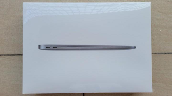 苹果Mac双机开箱评测:MacBook Pro居然被MacBook Air打败了?