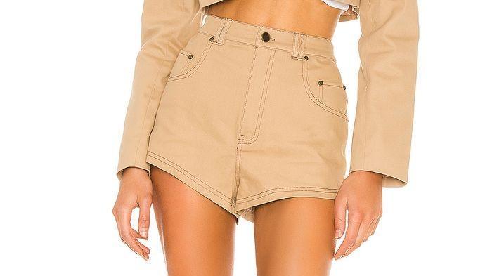 夏日热浪来袭,性感又火辣的热裤助你清凉一夏!你还没准备好吗?