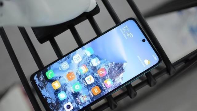 5G手机销量排名出炉:苹果iPhone12登顶第一,击败17款国产手机