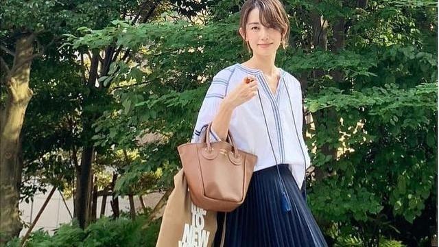 时髦又高级,被41岁日本主妇优雅气质惊艳到了,超美穿搭值得借鉴