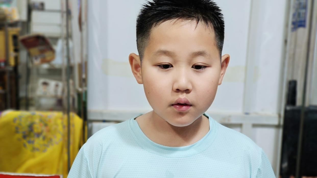 2021小男孩发型这样剪,时尚有型很精神,真帅气