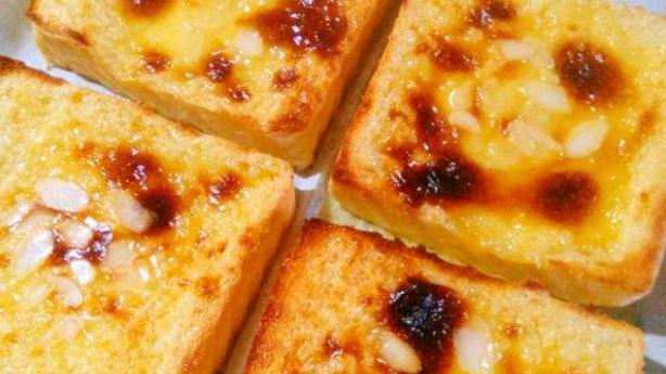 烧奶酪,有些热的开胃品比这道烧奶酪更简单,更明艳