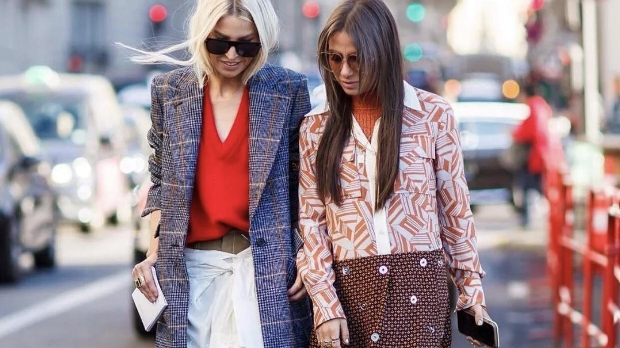 街头时尚换季穿搭:保温不膨胀,美丽有个性。
