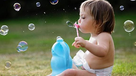 雪花膏,油脂尿布,婴儿,尿液,大腿,香皂