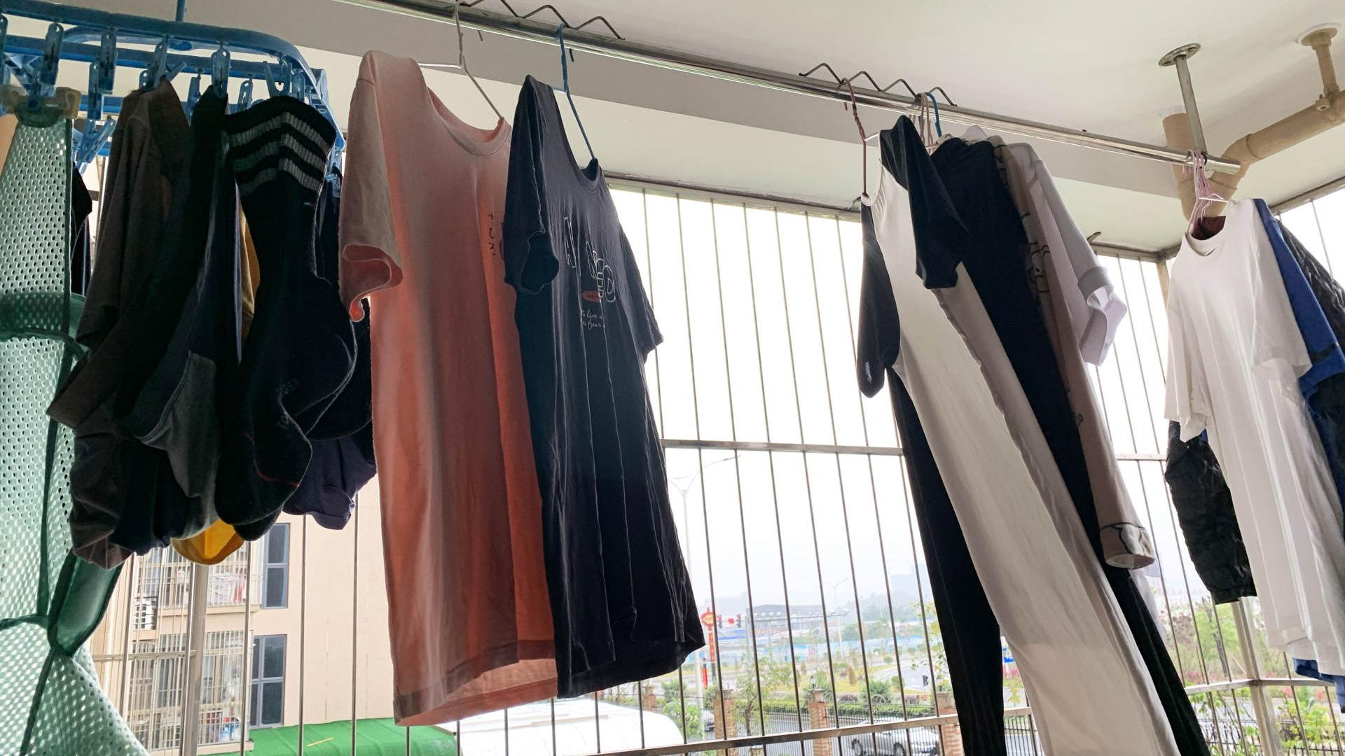 海信洗衣机HD100DC14FIT洗烘干一体评测:还原衣服初彩