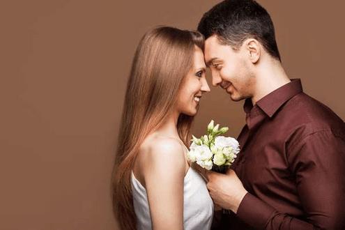 男人真心把你当成媳妇, 他才会做这六件事!