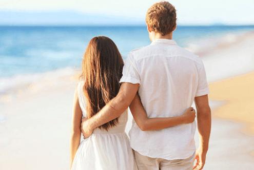 单身女人最需要男人的四个时期, 你知道几个?