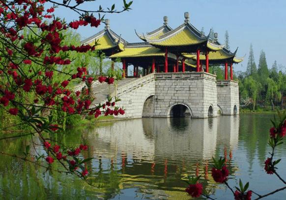 中国最温馨的十年夜都会, 年青人去了便不念走