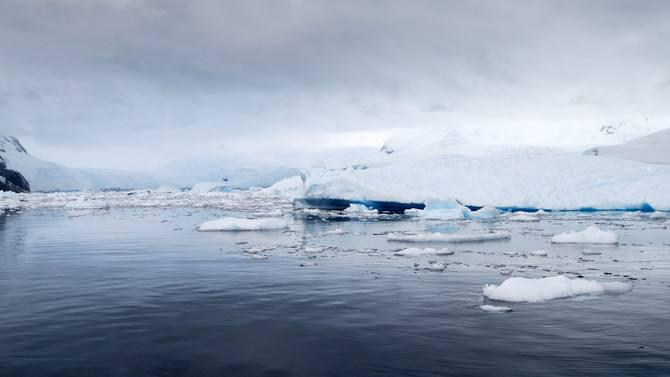 澳门金沙官网:南极腹地发现城市建筑,_是地球人还是外星人?