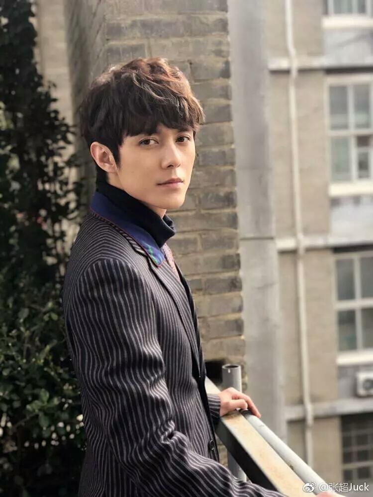 爱情公寓中连曾小贤都火了 作为剧中的第一帅却还是十八线小明星