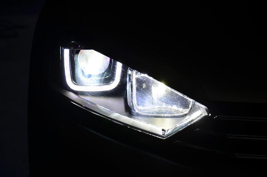 大众高尔夫嘉旅大灯改装氙气灯双光透镜易改件紫色恶魔眼