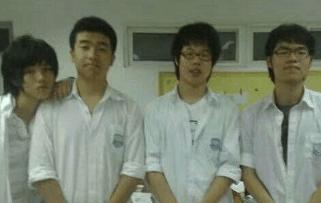 鹿晗上学时期的素颜照曝光, 关晓彤还会爱吗?